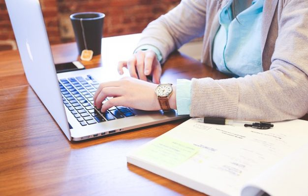laptop SH pentru firma